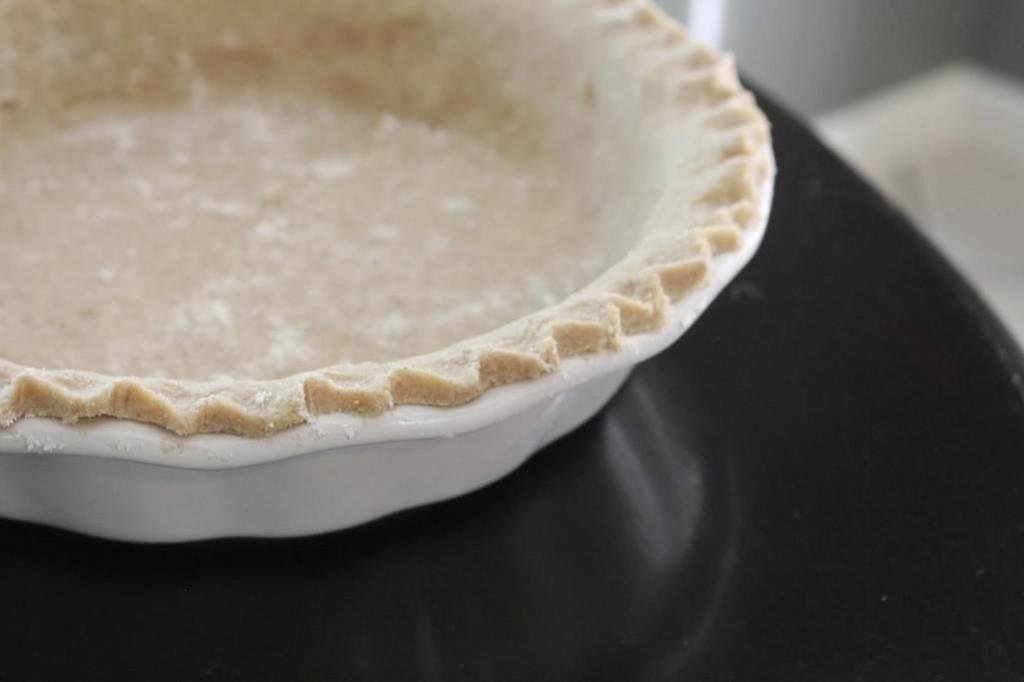 Flaky THM Pie Crust (Dairy and Gluten-Free)